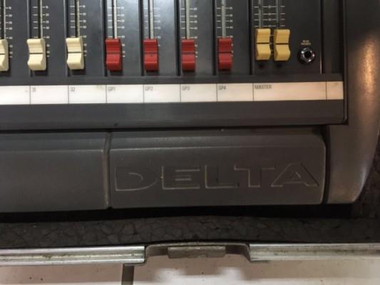 Soundcraft Delta DLX 32ch - Mesa de Mezclas