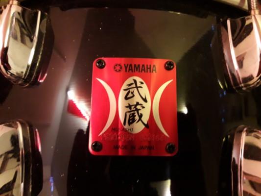Caja Yamaha