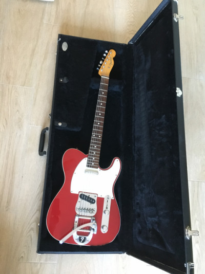 Fender telecaster japan 62 bigsby candy apple red