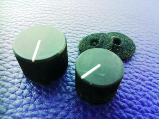 2 Botones de potenciómetro, metálicos, años 80.