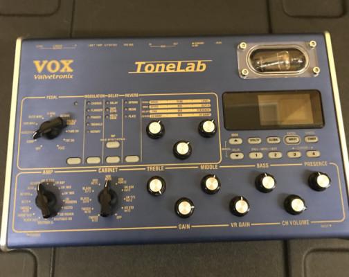 Vox Tonelab Desktop con pedalera Vc12