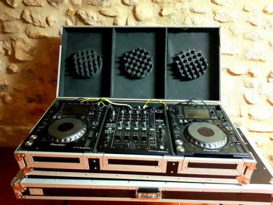 VENDO CONJUNTO: 2x CDJ 2000 nxs + 1x DJ 900 nxs REGALO: flighcase, cableado