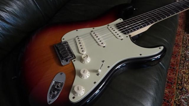 Fender Stratocaster USA Deluxe - ENVIO INCLUÍDO