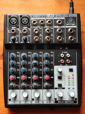 Mixer xenyx 802