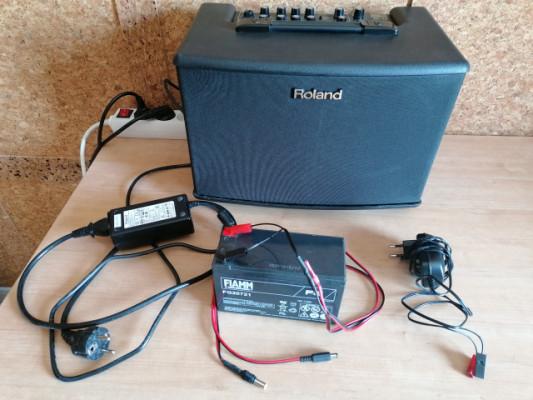 Amplificador  Roland ac40. con batería.