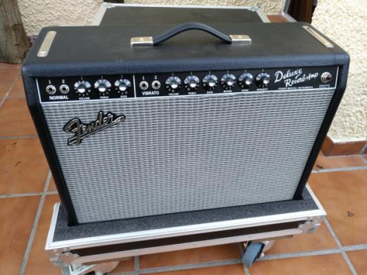 Fender Deluxe Reverb 65 con flightcase