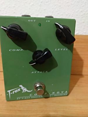 T-rex Compnova! Descatalogado! X Estuche Les Paul/acústica.Venta