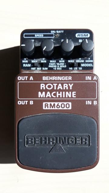 Pedal guitarra Behringer RM600 Rotary Machine