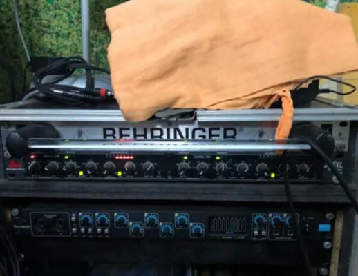 distribuidor de corriente Berhinger PL2000