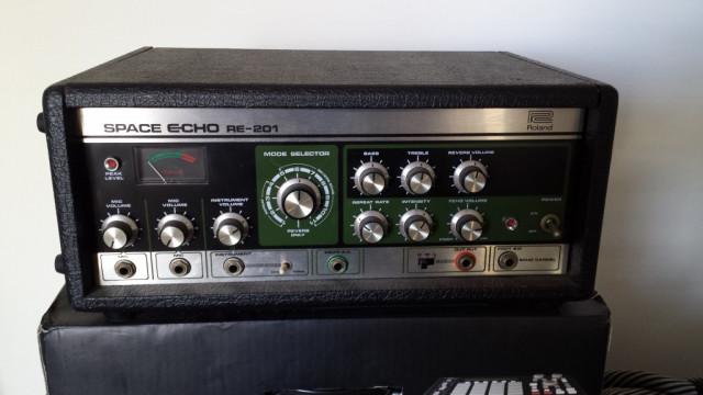 VINTAGE: Roland Space Echo RE201 como nuevo