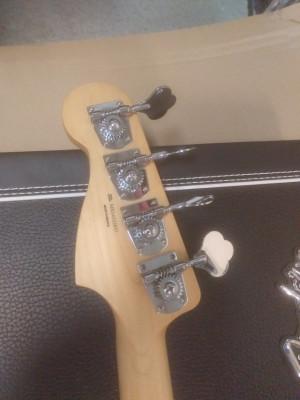 Bajo Fender