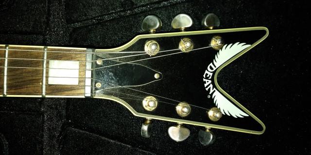 Guitarra Dean Ml