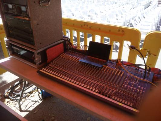 VENDO O CAMBIO MIX 3282a con case y alimentación externa