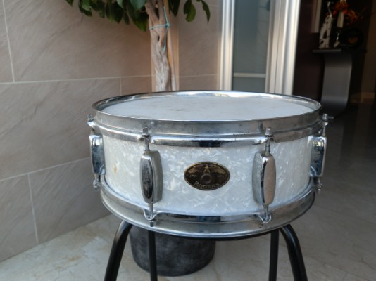 "Caja Rogers Holiday Eagle badge White marine pearl 14""x5"" Vintage 1965 Snare"