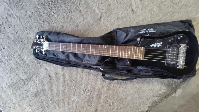 Guitarra de viaje hofner shorty