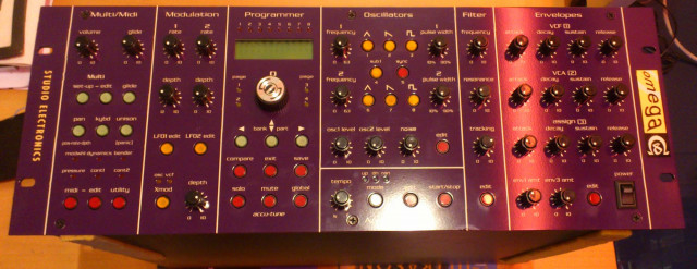 Studio Electronics Omega 5 con filtro CS-80 y ARP