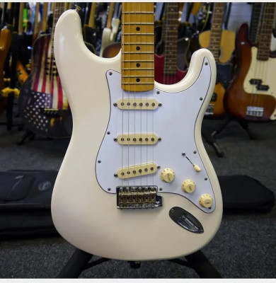 Cambio Fender Jimi Hendrix Blanca