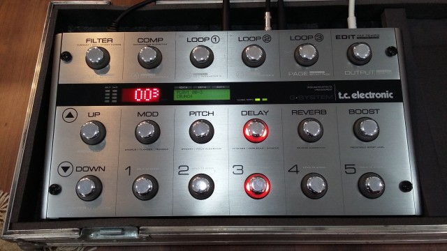 TC ELECTRONIC G-SYSTEM + FLY CASE