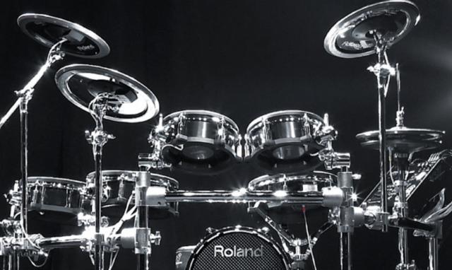 Roland busca especialista V-Drums a jornada completa en Barcelona