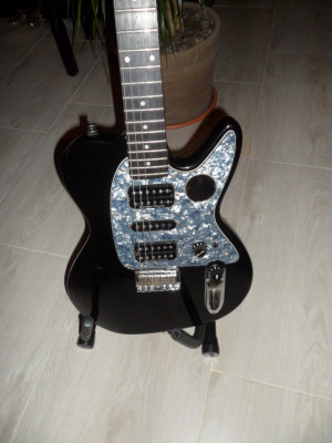 Ibanez NDM2 Noodles The Offspring signature 2 en perfecto