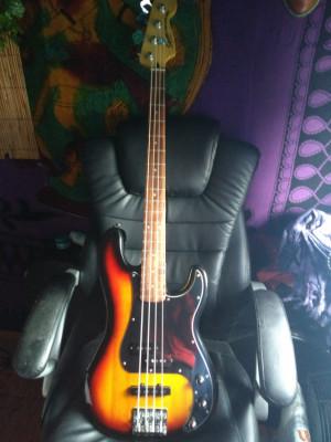 *Reservado*Squier Precision Bass PJ - 3-color sunburst