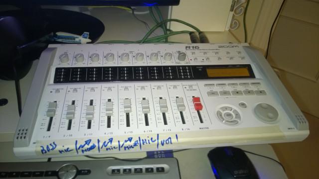 2 grabadores/interface zoom r16 250 € unidad