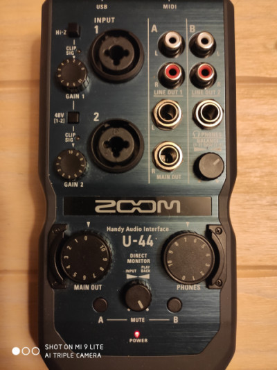 Interfaz de audio Zoom u44