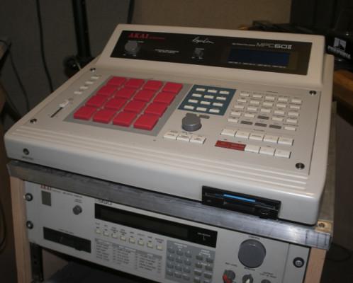 Akai MPC 60 + Akai s950 (Classic 12 bit samplers)