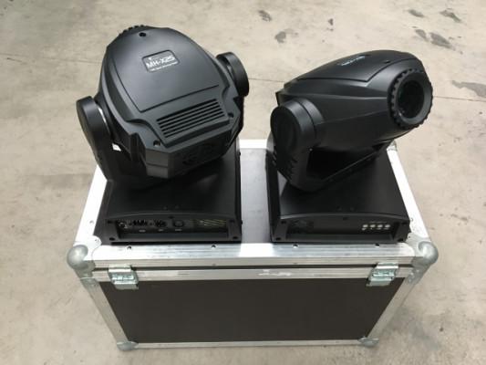 2x Cabeza móvil LED Stairville MH-X25 + Flightcase