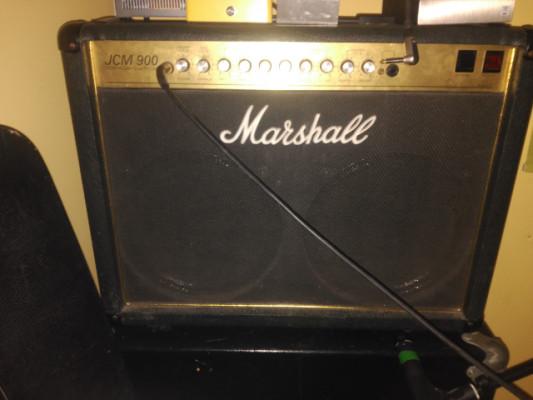 Marshall JCM900 combo