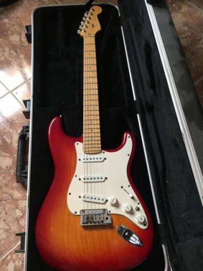 Fender Stratocaster American Deluxe 2005 con switch pastillas en paralelo