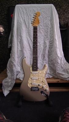 o Cambio Fender Stratocaster Plus Deluxe USA 1997 - REBAJA!
