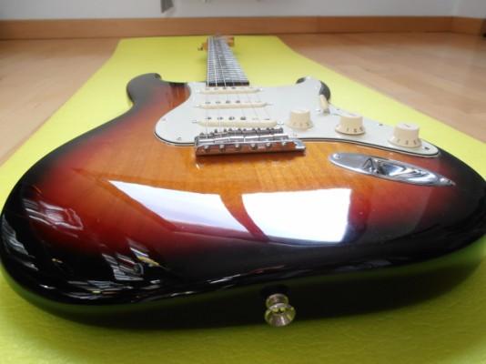 RESERVADA-Fender stratocaster American Vintage 62 Hot Rod