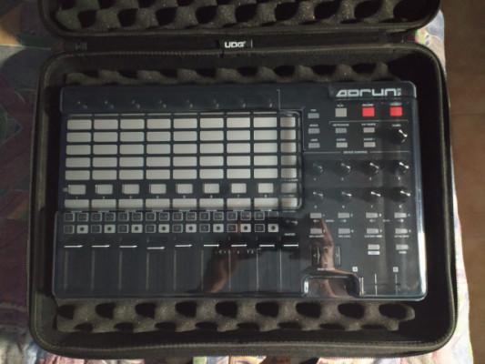 Akai APC40 MK2 + Accesorios