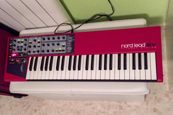Vendo sintetizador Nord Lead 2x