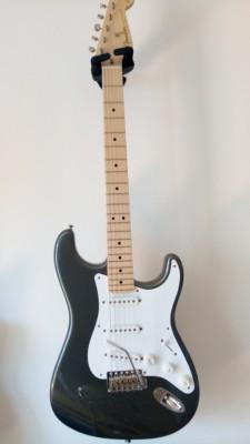 Vendo Fender Stratocaster, signature Eric Clapton, año 2011