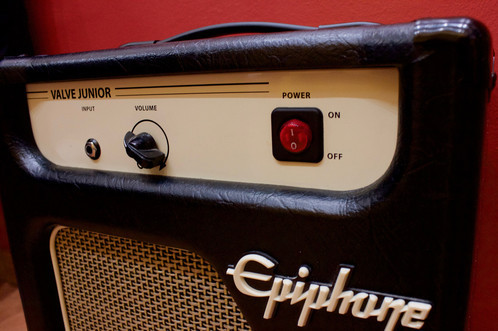 Epiphone valve junior 5W(vendo o cambio).