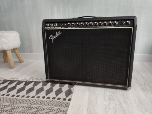 FENDER SUPER TWIN REVERB (Black Face 1978)