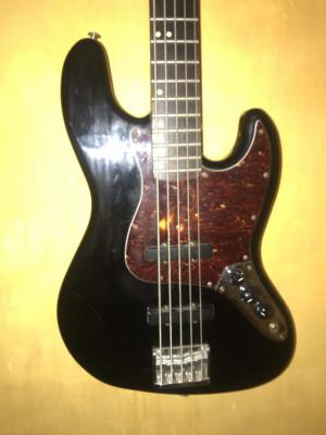 Fénix Jazz Bass de 5 cuerdas vintage
