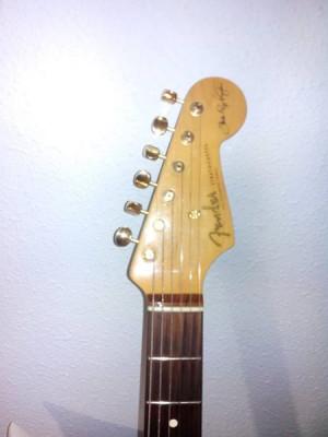 cambio fender stratocaster srv signature