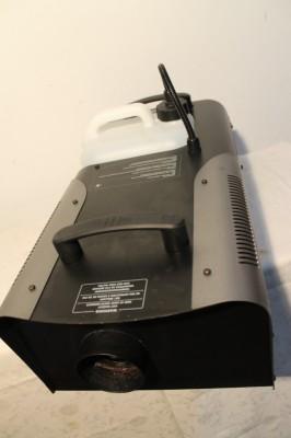 Máquina de humo Antari Z1500 con Fligthcase