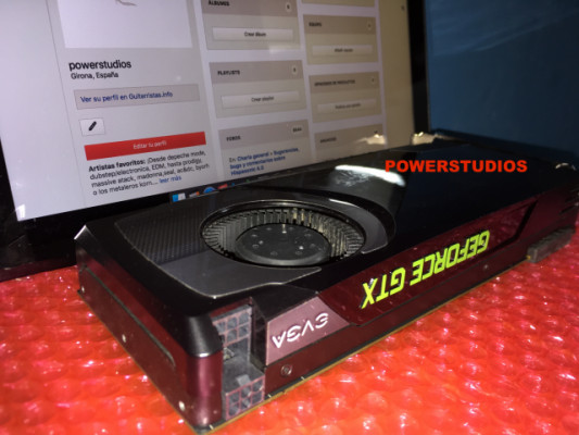 NVIDIA GeForce GTX 680 2 gb -4 monitores simultáneos-edicion Mac