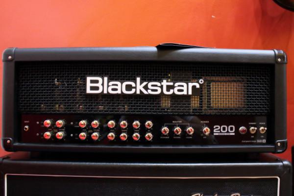 Blackstar S1-200
