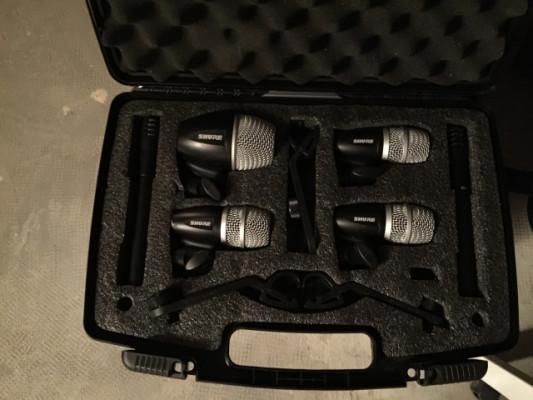 Vendo juego de micrófonos de bateria Shure