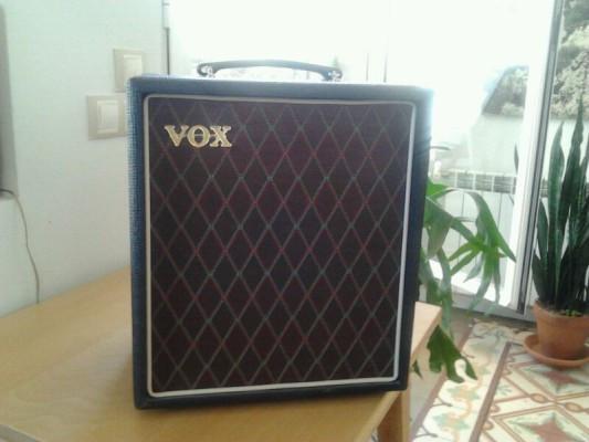 Amplificador de bajo Vox T15