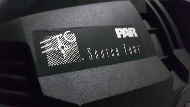 Pack 4 SourceFour Par 750W