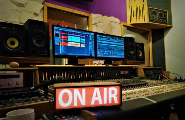 CASCABEL PRODUCCIONES Nuevo estudio en Valladolid.  MULTISALA!!