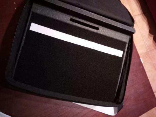 Gator GPT-Black Pedalboard