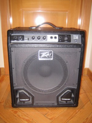 Amplificador Peavey Max 112 Bass 40w. Rebajado 40 €