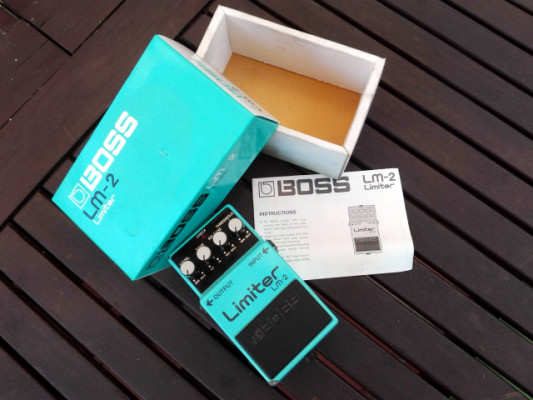 BOSS LM-2 LIMITER. MADE IN JAPAN - 1987.